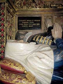 Sir John and lady Puckering effigies
